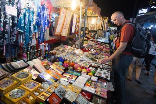 Nouvel An : afflux de touristes etrangers dans les localites vietnamiennes hinh anh 1