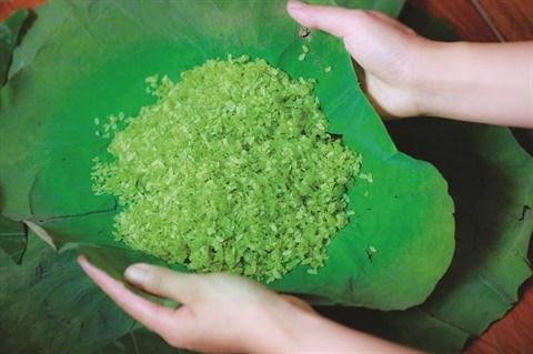 Le com, saveur speciale de l'automne de Hanoi hinh anh 1
