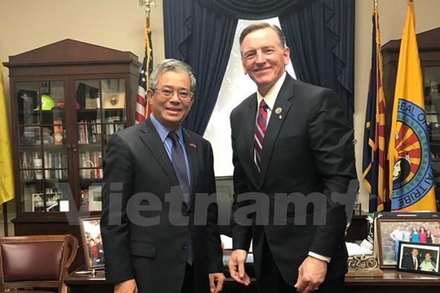 Vietnam et Etats-Unis renforcent leur cooperation dans l'energie et la defense hinh anh 1