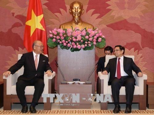 Le Vietnam et le Japon renforcent les echanges d'amitie hinh anh 1