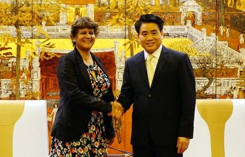 Hanoi continue de cooperer avec CNN dans la promotion du tourisme hinh anh 1