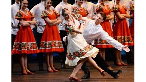 Une troupe de danse folklorique russe participera au Festival de Hue 2018 hinh anh 1