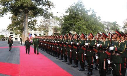 Le Laos et la Russie etendent leur cooperation en matiere de defense hinh anh 1