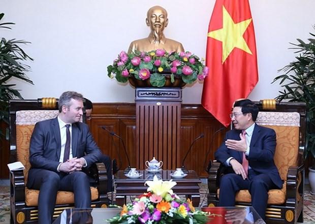 Le vice-PM Pham Binh Minh recoit le secretaire d'Etat francais Jean-Baptiste Lemoyne hinh anh 1