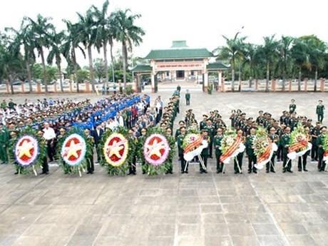Gia Lai : hommage aux soldats et experts volontaires vietnamiens au Cambodge hinh anh 1