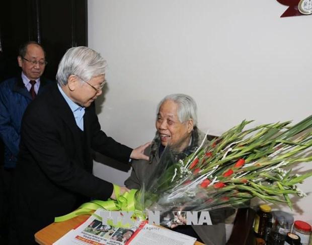 Voeux pour le 102eme anniversaire de l'ancien secretaire general du Parti Do Muoi hinh anh 1