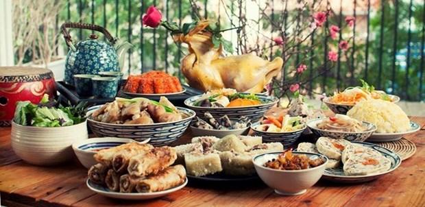 Le repas du reveillon, un trait culturel traditionnel des Hanoiens hinh anh 1