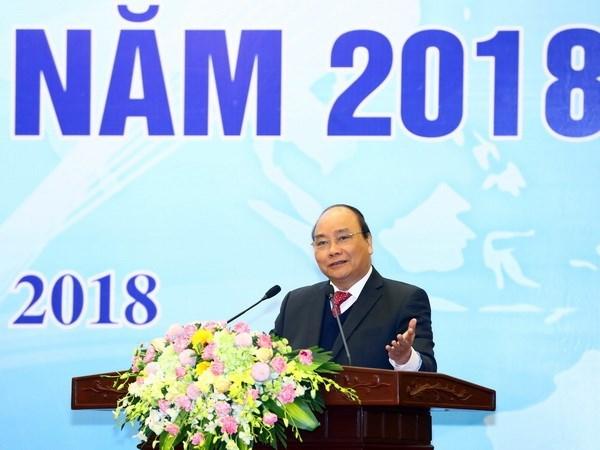 Les conseillers commerciaux doivent soutenir activement les entreprises nationales hinh anh 1