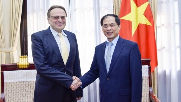 Le Vietnam tient en haute estime les aides humanitaires du Belarus hinh anh 1