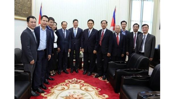 Vietnam - Cambodge : renforcer le transport et le commerce bilateral hinh anh 1
