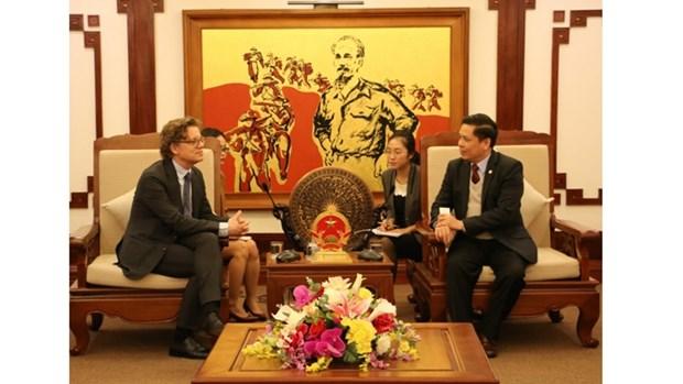 La Suede s'interesse au secteur des transports et des communications au Vietnam hinh anh 1