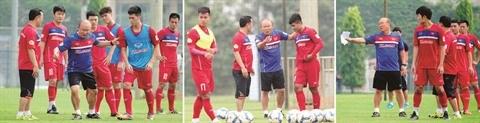 L'homme qui a su transcender le football vietnamien hinh anh 1