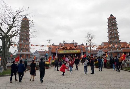 Plus de 145.000 touristes a Quang Binh pendant le Tet traditionnel hinh anh 1