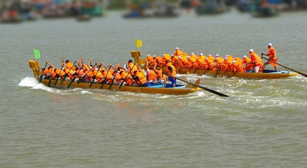 Hanoi accueillera le premier festival de courses de bateaux-dragons hinh anh 1