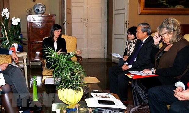 L'Italie et le Vietnam doivent renforcer les activites d'echange hinh anh 1