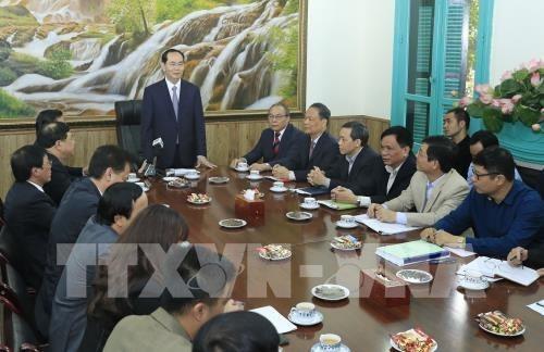 Le chef de l'Etat travaille avec le Comite national de pilotage de la reforme judiciaire hinh anh 1