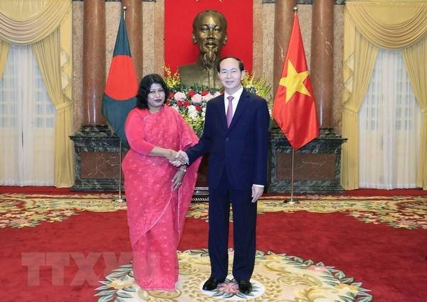 Renforcement des relations de cooperation multiforme avec le Bangladesh hinh anh 1