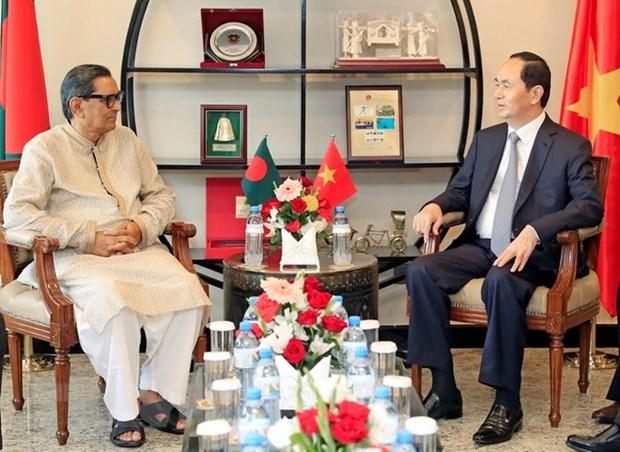 Le president Tran Dai Quang rencontre des dirigeants bangladais hinh anh 1