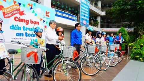 """Ho Chi Minh-Ville : Lancement de l'action """" Aller a l'ecole en toute securite"""" hinh anh 1"""