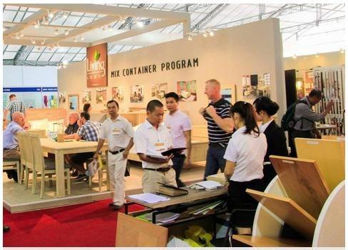 Ouverture de l'exposition internationale VIFA-EXPO 2018 hinh anh 1