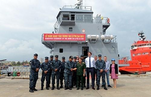Un navire logistique fabrique au Vietnam remis au Panama hinh anh 1