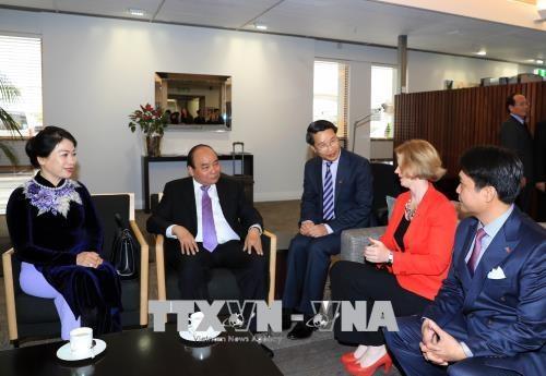 Le PM Nguyen Xuan Phuc entamme sa visite officielle en Nouvelle-Zelande hinh anh 2