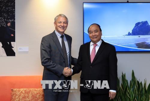 Le Premier ministre Nguyen Xuan Phuc rencontre le maire d'Auckland hinh anh 1