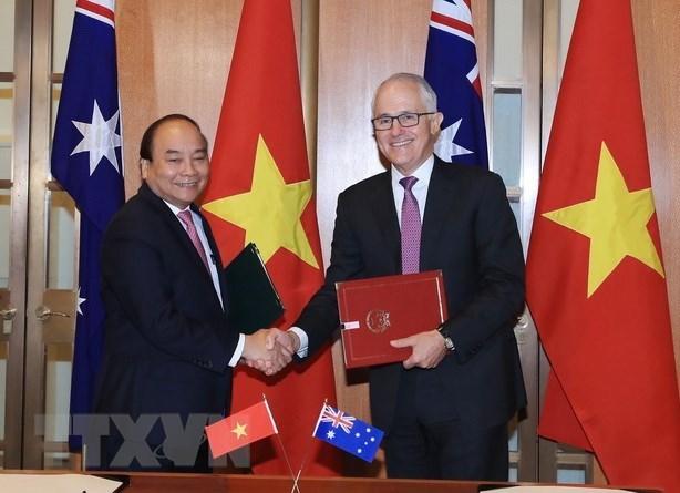 Vietnam-Australie : entretien entre les PM Nguyen Xuan Phuc et Malcolm Turnbull hinh anh 1