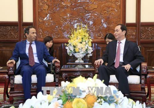 Le president Tran Dai Quang recoit l'ambassadeur des Emirats arabes unis au Vietnam hinh anh 1