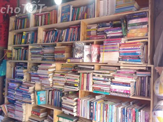 Les vieux livres conservent une grande valeur pour les lecteurs hinh anh 1