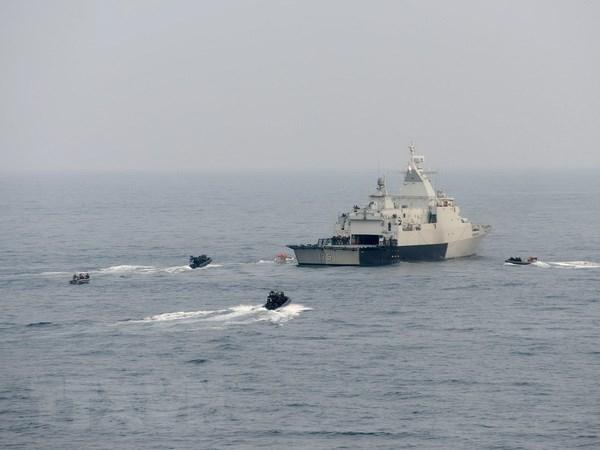 Des travaux de recherche sur la mer Orientale recompenses a Hanoi hinh anh 1