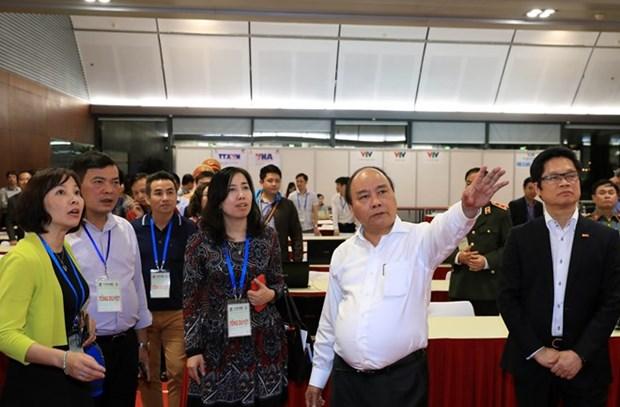 Le Premier ministre Nguyen Xuan Phuc preside l'exercice de GMS-6 et CLV-10 hinh anh 1