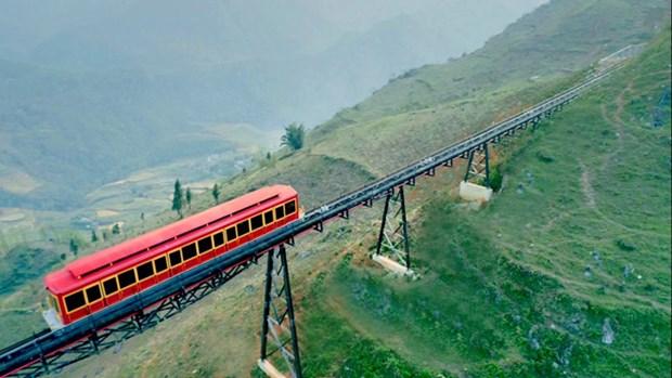 Inauguration de la plus longue ligne ferroviaire de montagne du Vietnam a Sa Pa hinh anh 1