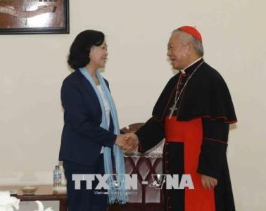 Paques: felicitations aux catholiques de Hanoi hinh anh 1