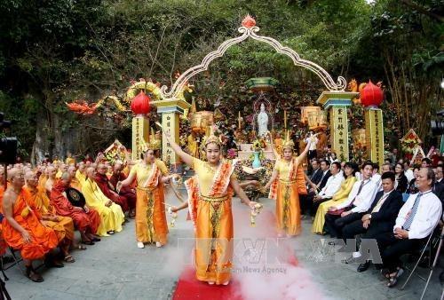 La fete bouddhique Quan The Am a Da Nang hinh anh 1