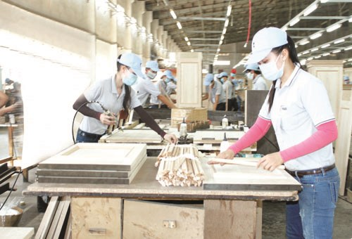 Binh Duong : 1,5 milliard de dollars d'excedent commercial au premier trimestre hinh anh 1