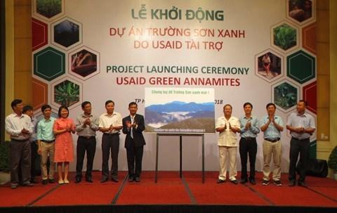 Thua Thien-Hue lance un projet de protection des forets finance par l'USAID hinh anh 1
