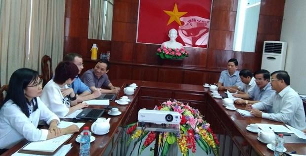 Travail avec l'AFD pour accelerer le projet sur le quai de la riviere de Can Tho hinh anh 1