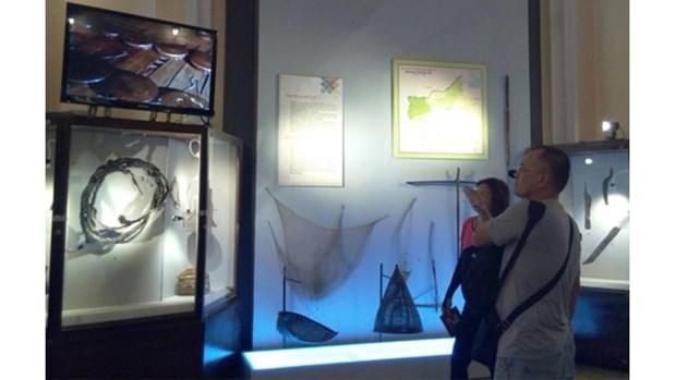Pres de 120 objets anciens de l'ethnie S'tieng exposes a Ho Chi Minh-Ville hinh anh 1
