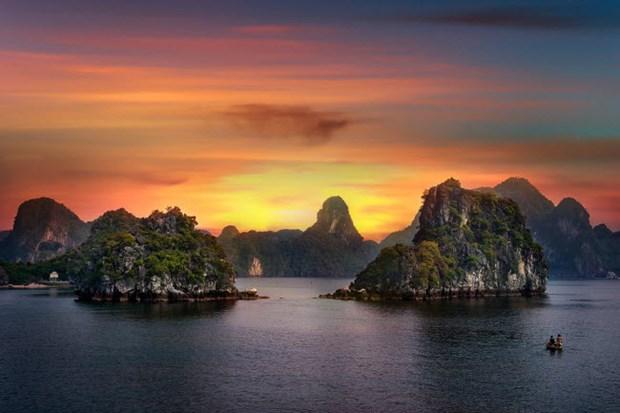 La baie d'Ha Long et Mu Cang Chai parmi les plus beaux endroits du monde hinh anh 1