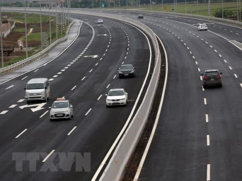 Mobiliser les investissements internationaux dans le projet d'autoroute Nord-Sud  hinh anh 1