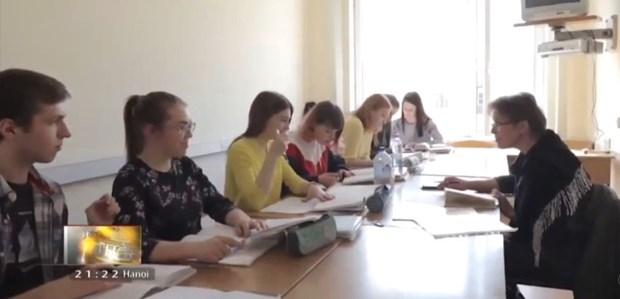L'enseignement de la langue vietnamienne progresse en Russie hinh anh 1