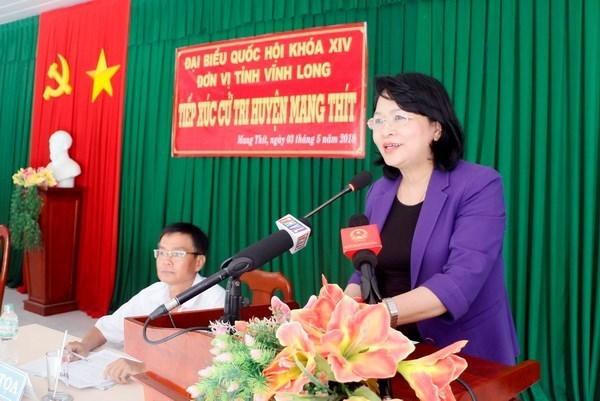 Des dirigeants du Parti et de l'Etat rencontrent des electeurs hinh anh 1