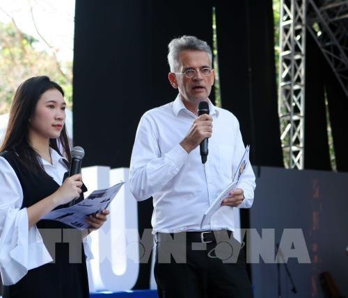 Ouverture de la 8e Journee des livres europeens a Hanoi hinh anh 1