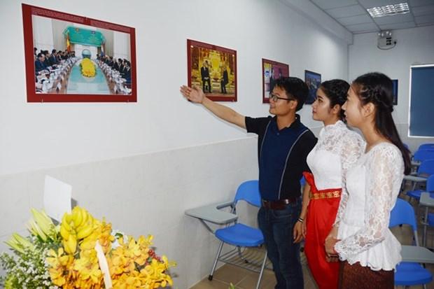 Inauguration d'un espace vietnamien au sein de l'Universite du Cambodge hinh anh 1