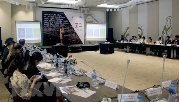 La Suede partage des experiences de gestion des transports publics a HCM-Ville hinh anh 1