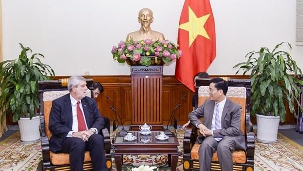 Vietnam-Cuba : Promouvoir la coordination etroite entre les ministeres des AE hinh anh 1