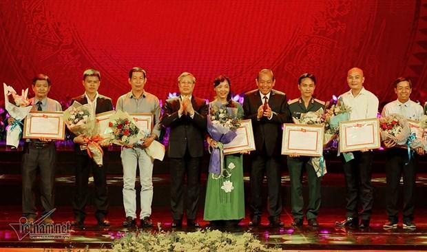 Des œuvres sur le President Ho Chi Minh distinguees hinh anh 1