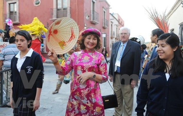 Le Vietnam a la 19eme Semaine culturelle internationale a San Miguel de Allende hinh anh 1