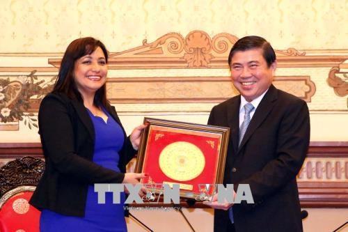 Ho Chi Minh-Ville dynamisent sa cooperation avec Cuba et la Finlande hinh anh 1